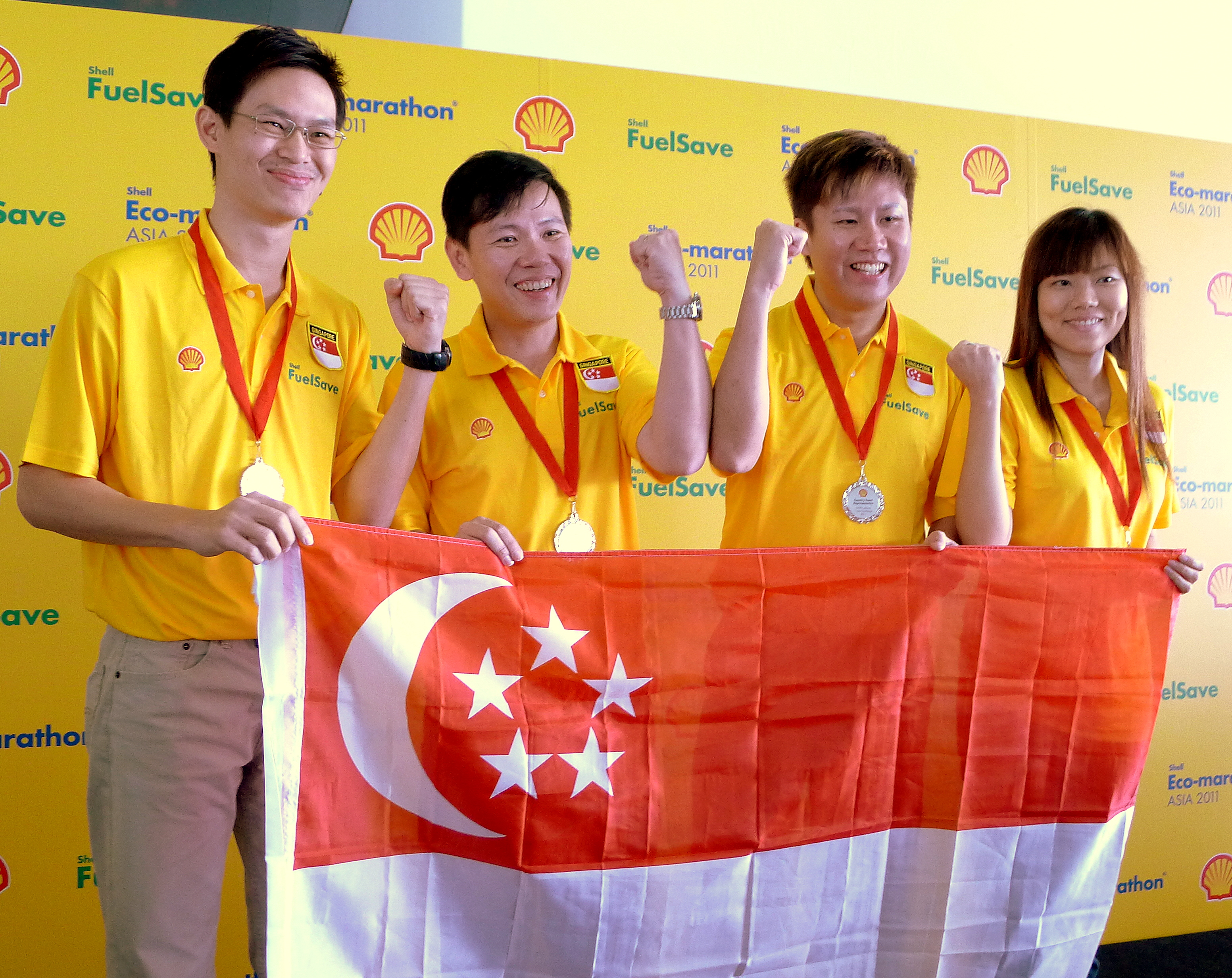 singapore shell fuel save team.jpg