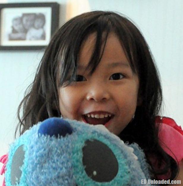 Nicole Dec 2011