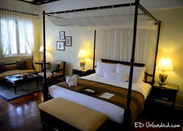 cameron hotel room