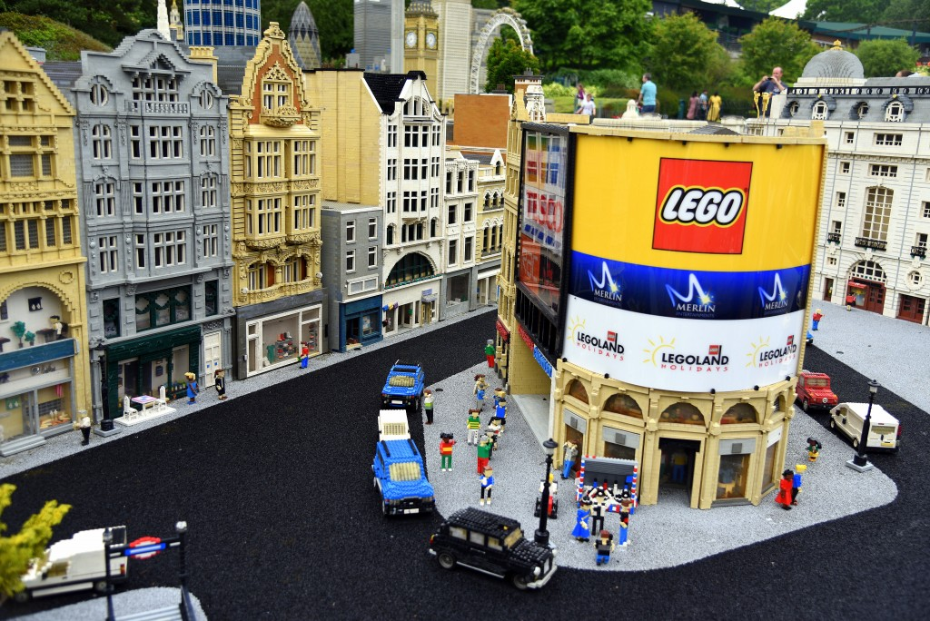 lego picadilly circus