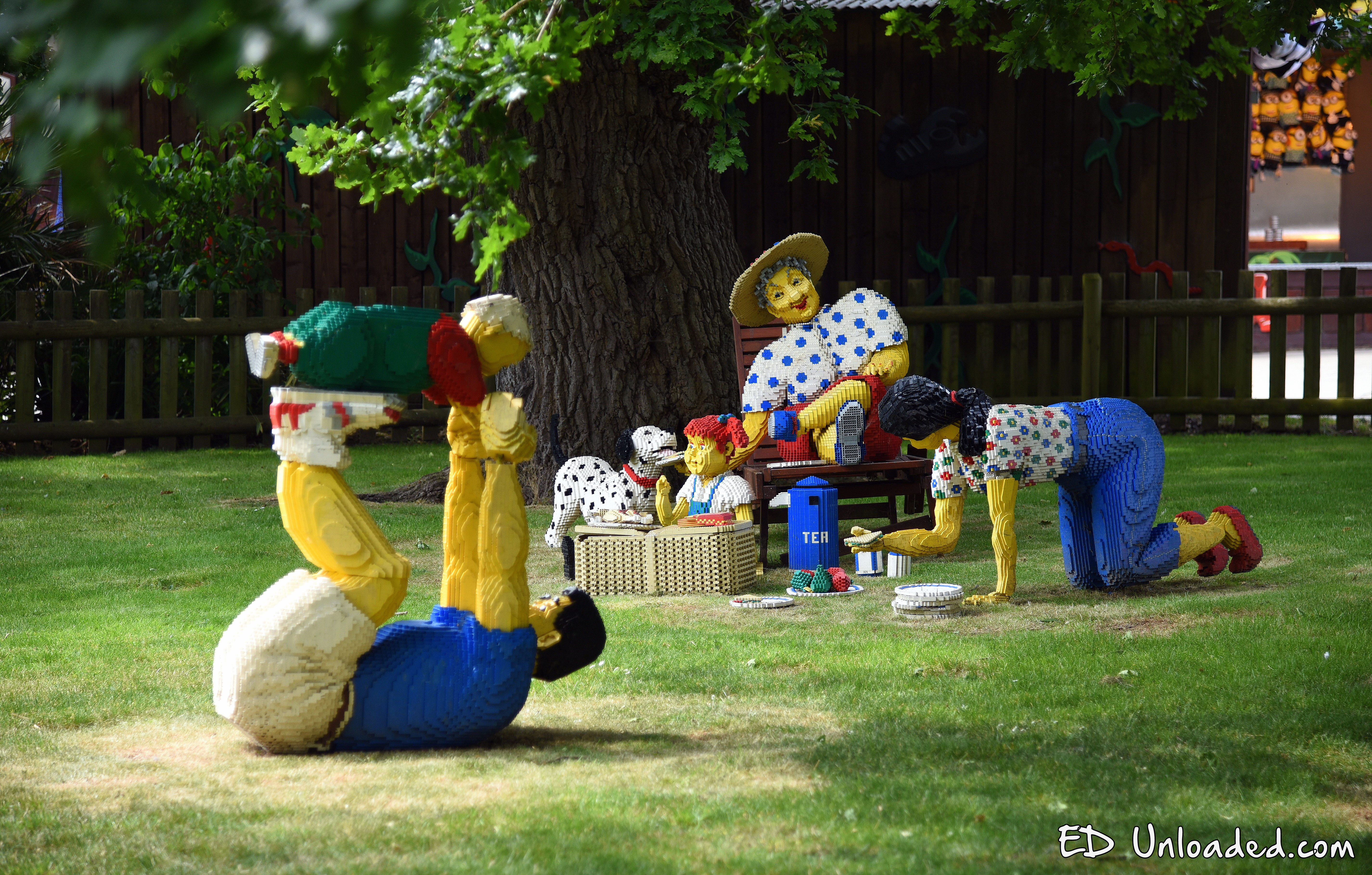 how to go to legoland from london