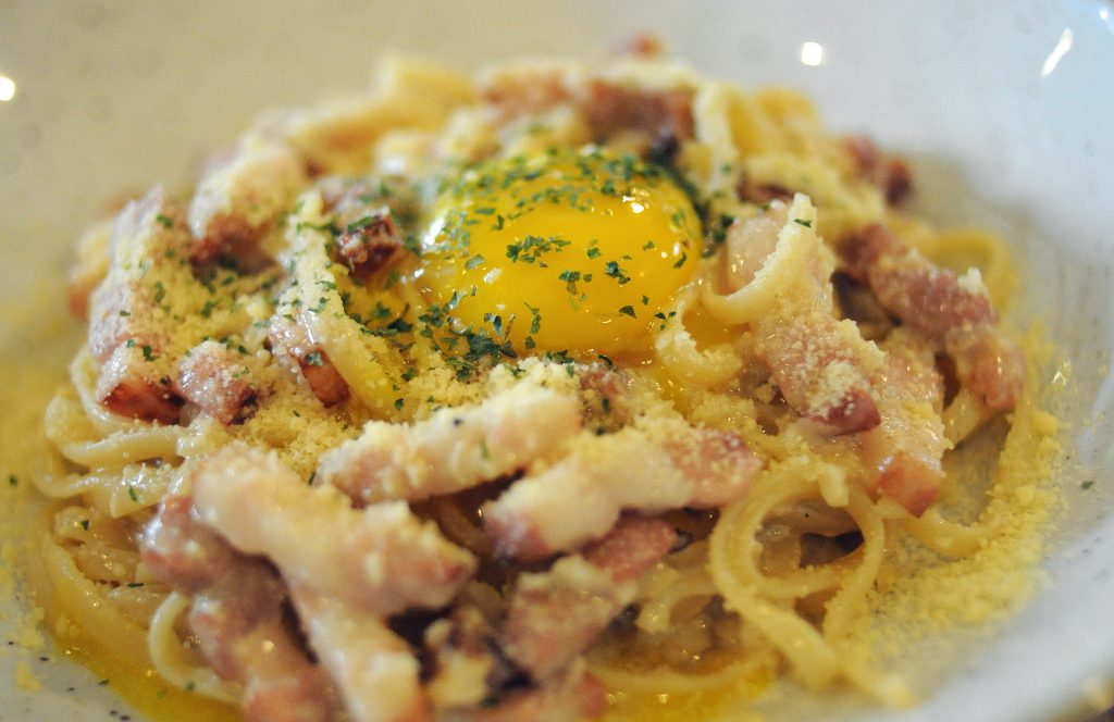 bacon carbonara pasta grub